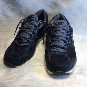 Nike Dual Fusion shoes